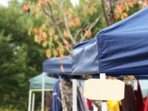 フリマのテント