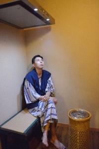 浴衣姿で喫煙所