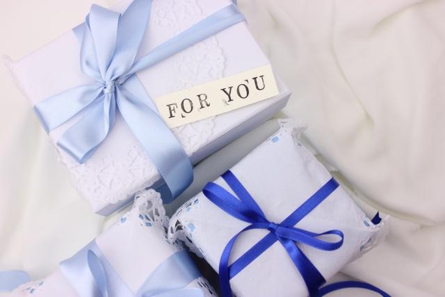 ホワイト×ブルー系 プレゼントボックス